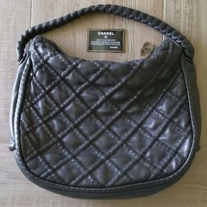 CHANEL Lambskin Quilted Hidden Chain Hobo Black